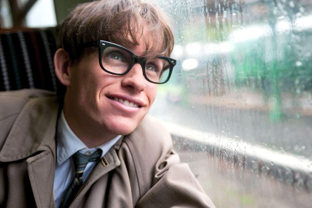 teoria Eddie-Redmayne-stars-as-Stephen-Hawking