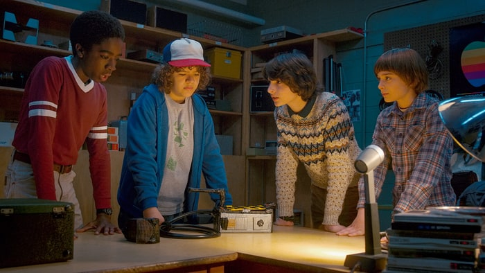 stranger-things-season-2-a-to-z-guide-c7d7d823-cd92-44cb-b44e-ed54fe2d9b2c